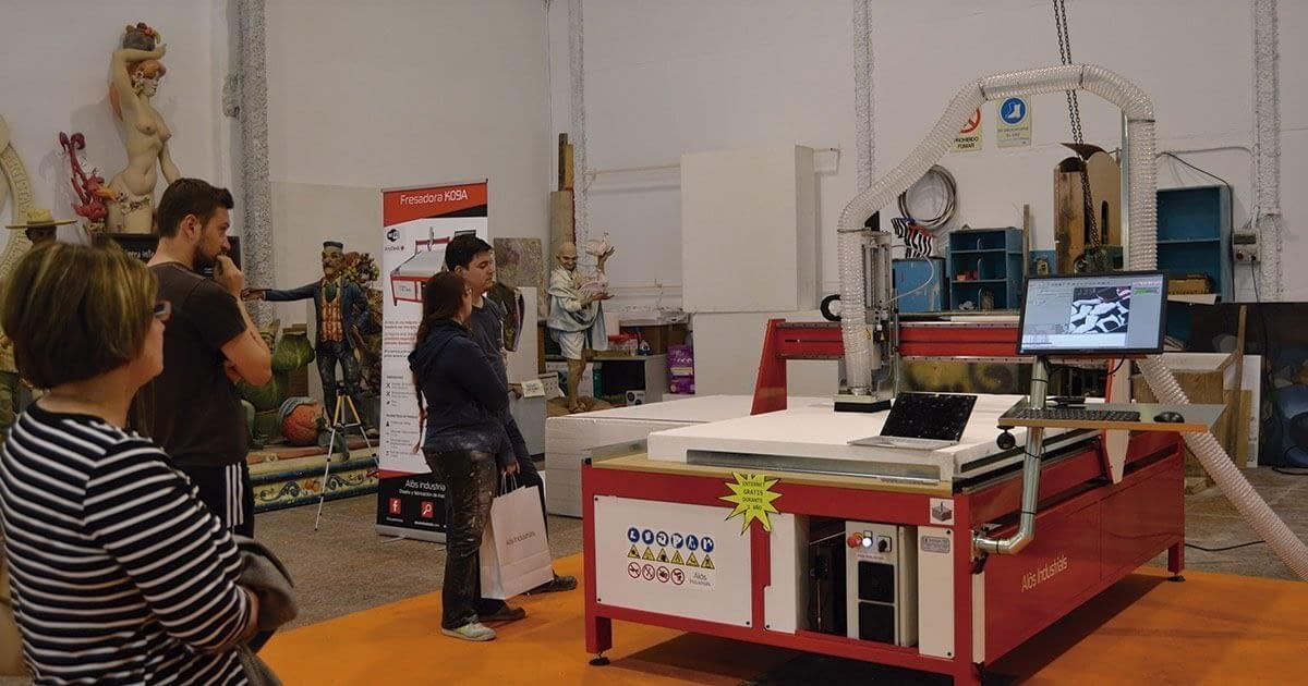 Así fue la demostración de nuestra fresadora para fallas en Valencia